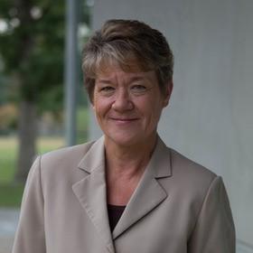 Dr. Jacqueline Einstein